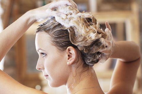 mistakes-washing-hair-updatenews360