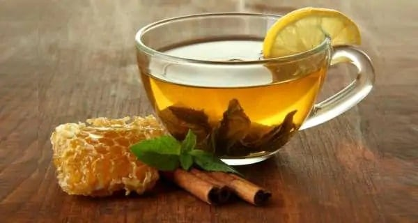 How honey, cinnamon and lemon in warm water can help you lose weight