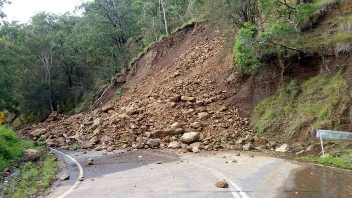 Landslide_UpdateNews360