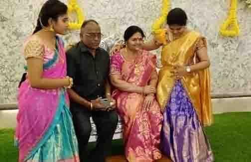 Andhra Wax Statue - Updatenews360