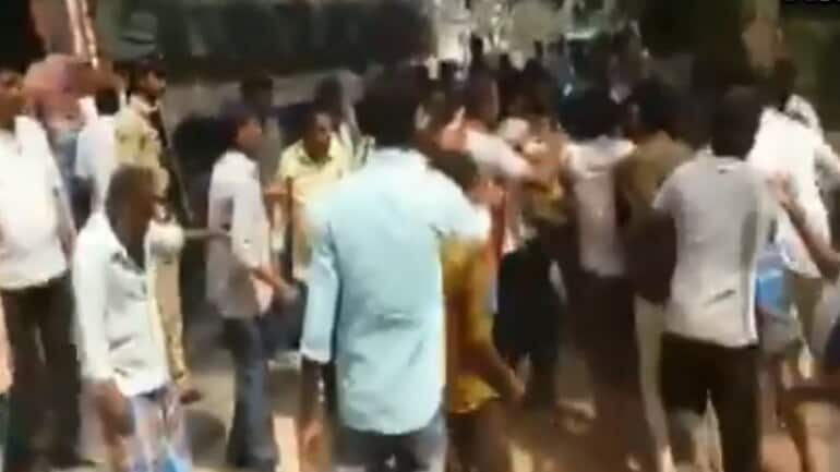 Clashes_in_Andhra_Pradesh_UpdateNews360