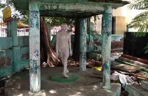 Gandhi Statue - Updatenews360