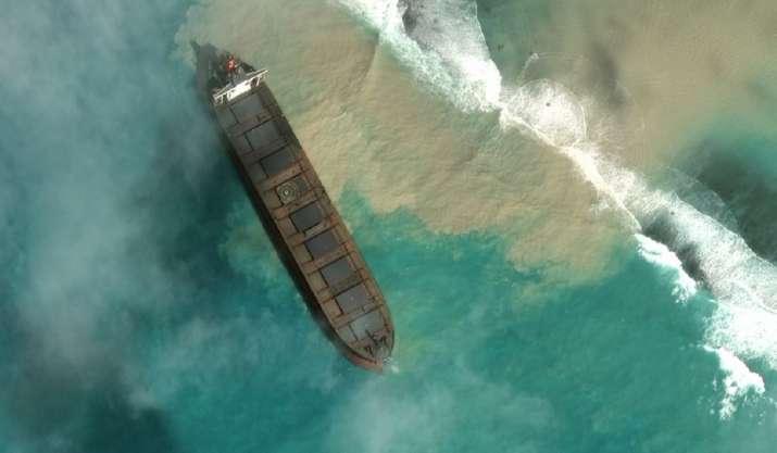 Mauritius_Oil_Spill_Sea_Updatenews360