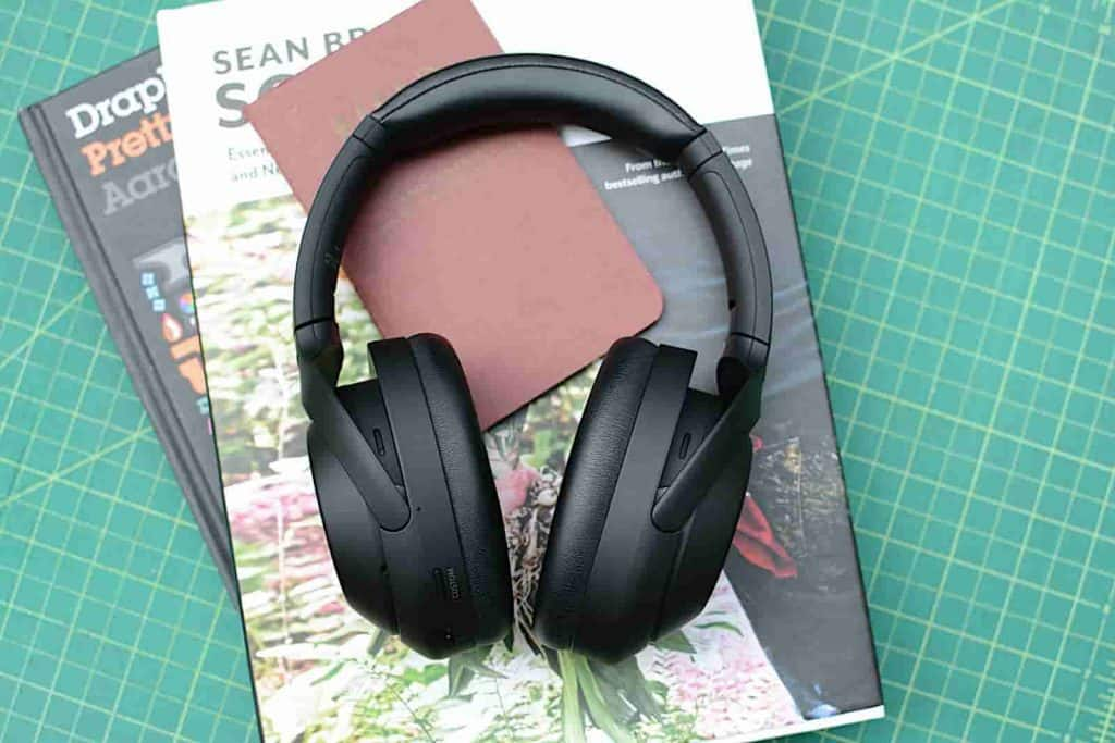Sony WH-1000XM4 headphones with noise cancellation launched