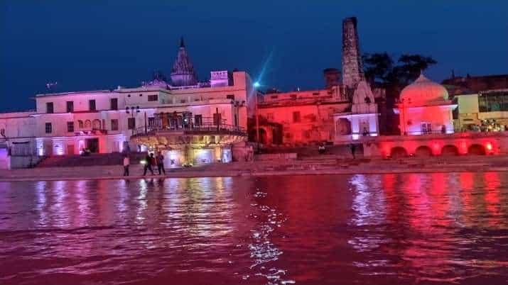 வண்ண விளக்குகளால் அலங்கரிப்பு..! ஜொலிக்கும் அயோத்தி..! ராமர் கோவில் பூமி  பூஜைக்கு அனைத்து ஏற்பாடுகளும் ரெடி..! - Update News 360 | Tamil News Online  | Live News ...