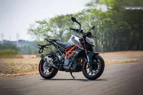 KTM 250 Duke BS6 launched with LED headlamp