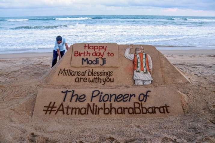 Happy_Birthyday_Modi_UpdateNews360