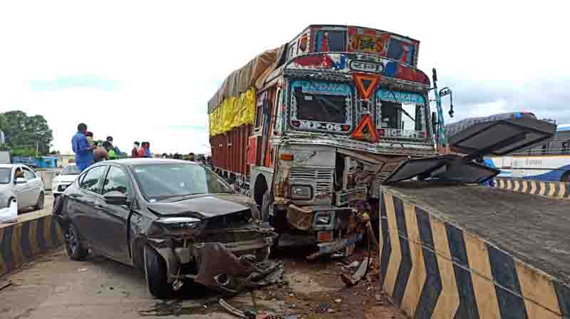 Lorry accident- updatenews360