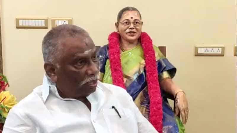 Madurai Wife Statue- updatenews360