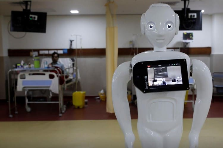 """Indian Hospital Deploys """"Mitra"""" Robot to Help Patients Communicate With Family"""