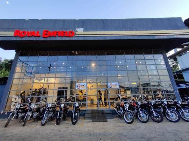Royal Enfield delivers more than 1,000 bikes on a single day