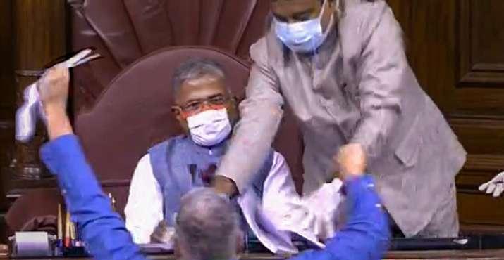 parliament_ruckus_updatenews360
