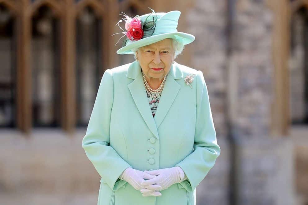 queen_elizabeth_barbados_updatenews360