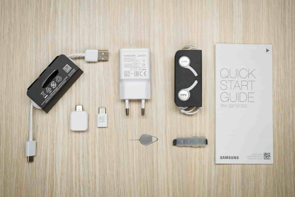 Samsung Galaxy S21 May Not Ship with Charger and Earphones in the Box