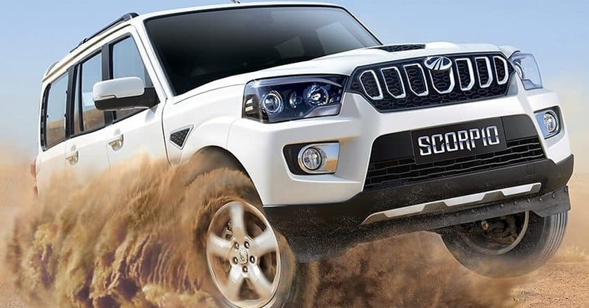 Mahindra dealerships in the country are offering discounts