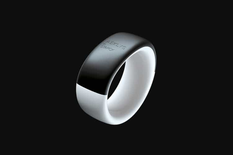 This NFC-Enabled Smart Ring Can Replace Your Credit Card