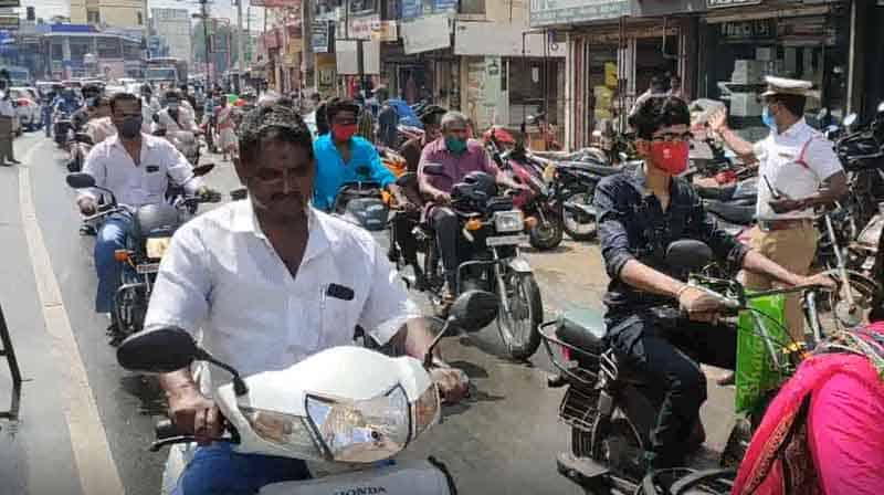 Sathy Diwali Crowd - Updatenews360