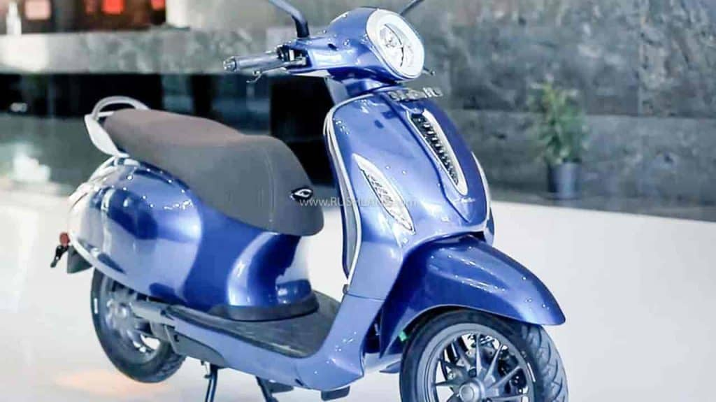 Bajaj Chetak Electric Scooter Sales Crosses 1000 Units: Here Are All The Details!