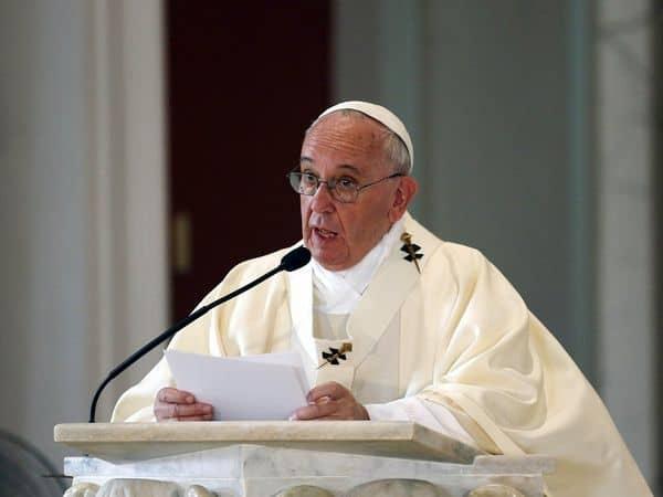 pope_francis_updatenews360