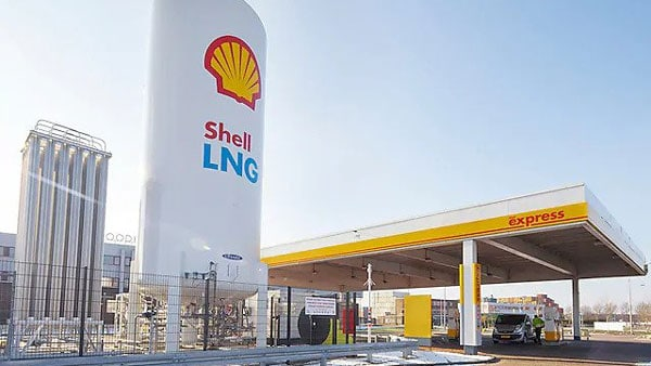 1,000 LNG Stations To Be Installed Across India In 3 Years