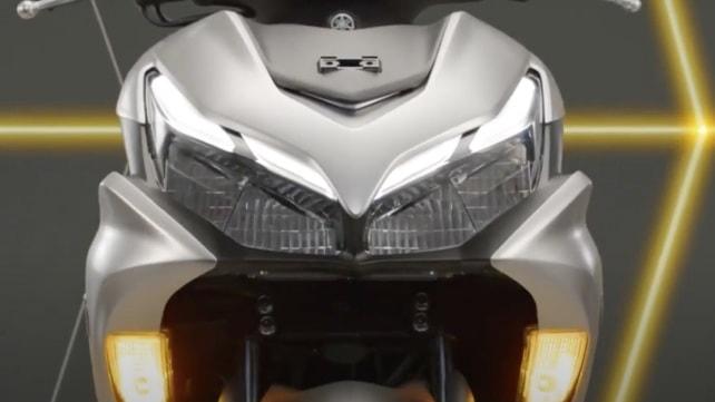 Yamaha R15-based new Aerox 155 scooter unveiled