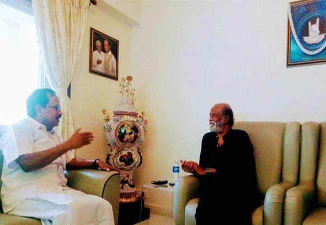 rajini vs tamilaruvi - updatenews360