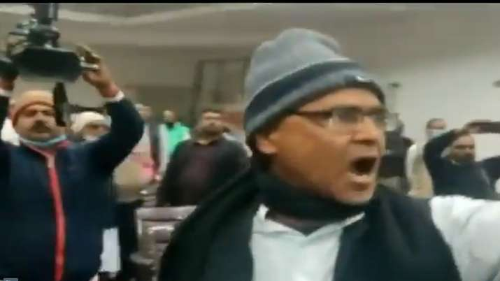Congress_Patna_Fight_UpdateNews360
