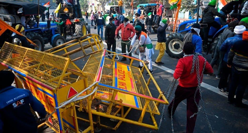 Delhi_Farmers_Riot_UpdateNews360
