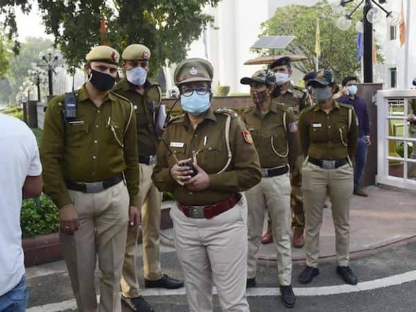 Delhi_Police_UpdateNews360