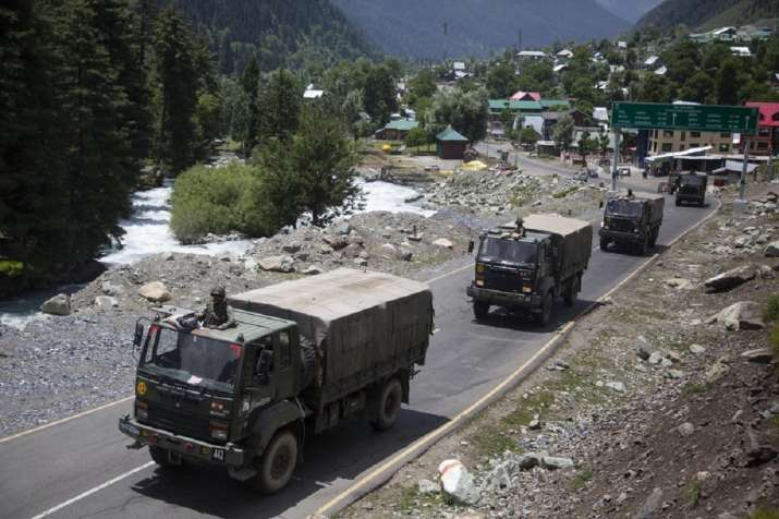 Indian_Army_Convoy_UpdateNews360