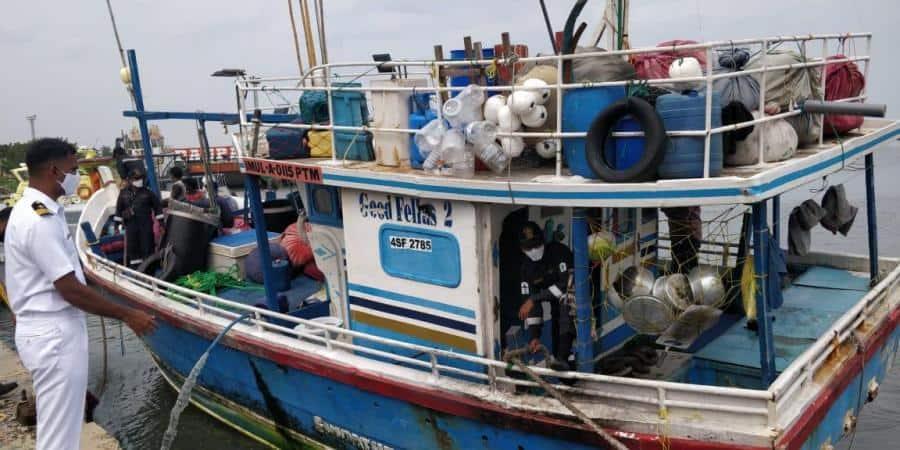 Smuggling_Drug_Boat_Arrested_UpdateNews360