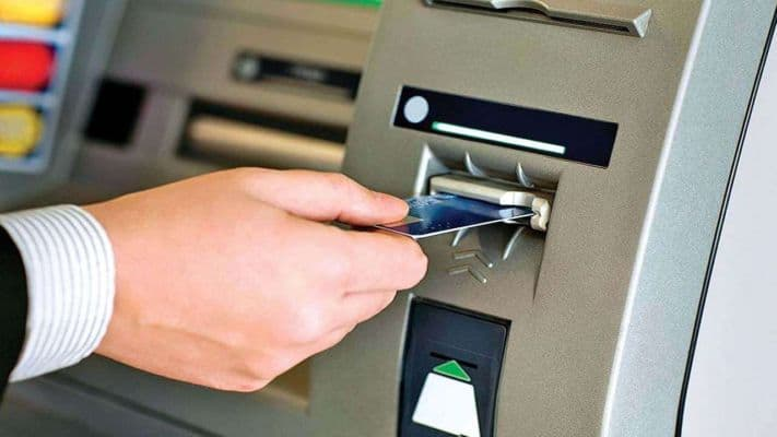 What is Skimming 5 tips to follow while withdrawing cash from ATM machine