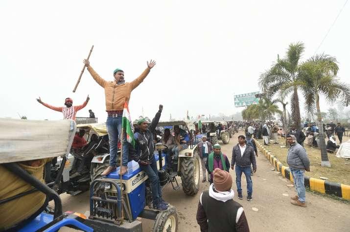 tractor_parade_updatenews360