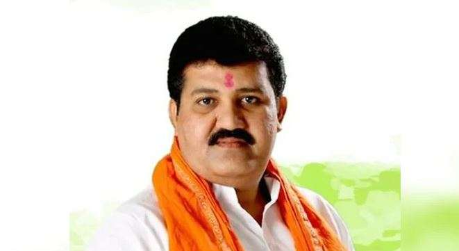 Maharastra_Minister_Sanjay_Rathod_UpdateNews360