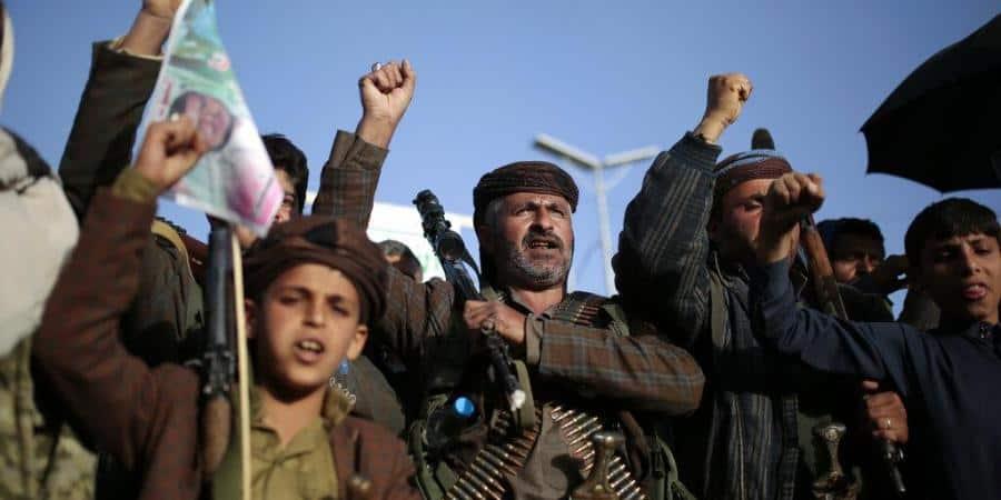 Yemen_Houthi_Supporters_UpdateNews360