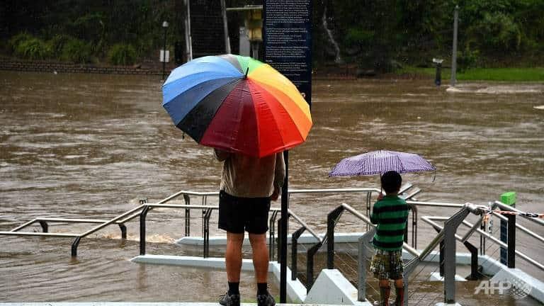 Flood_hits_Australia_UpdateNews360
