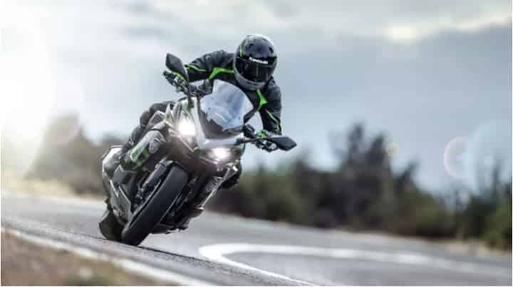 Kawasaki offering discounts up to Rs 50,000 on select models