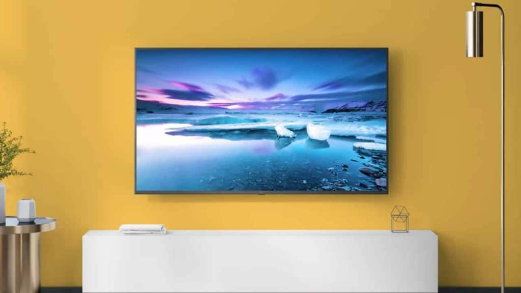 low cost 40-inch smart TVs available in india at less price