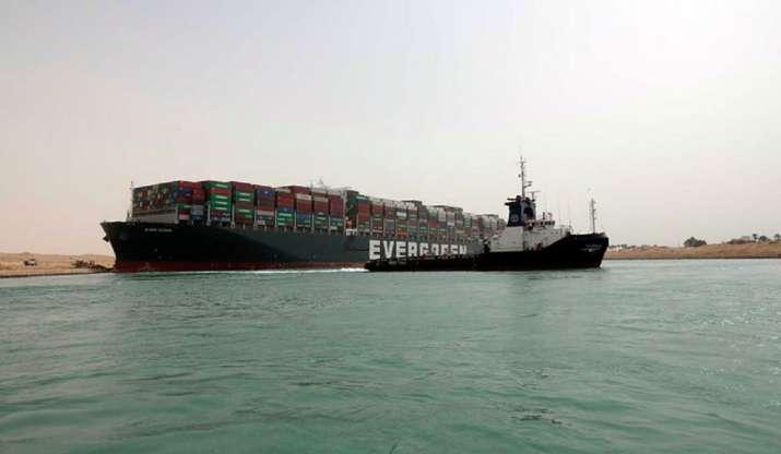 suez_canal_ship_updatenews360