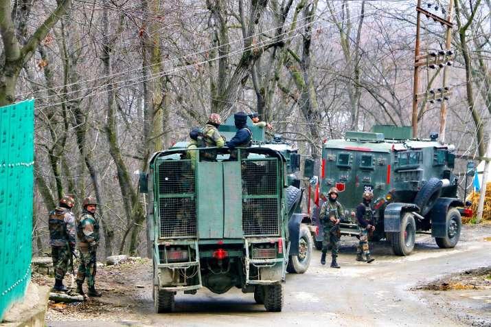 Kashmir_Encounter_Terrorists_UpdateNews360
