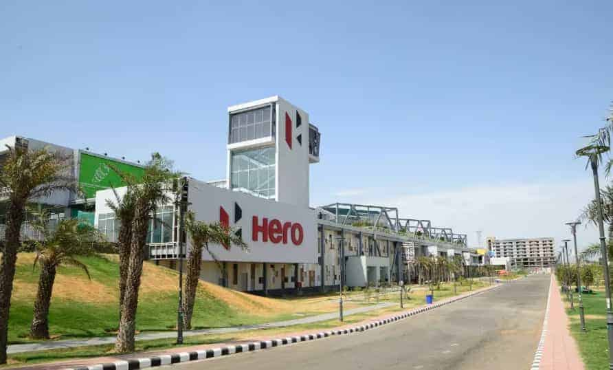 Coronavirus Pandemic: Hero extends production halt by a week