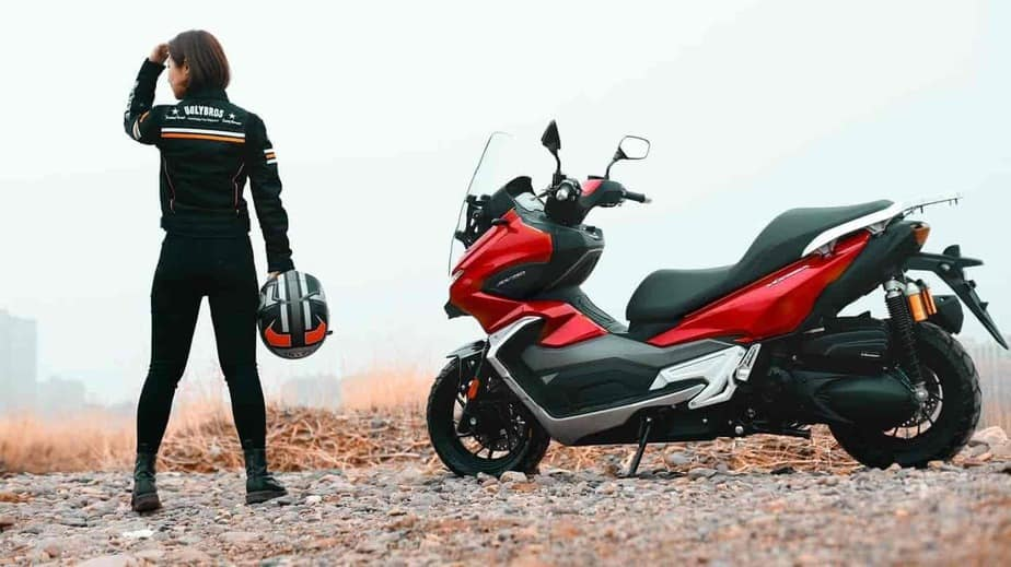 This Honda ADV150 lookalike comes with features seen on cars