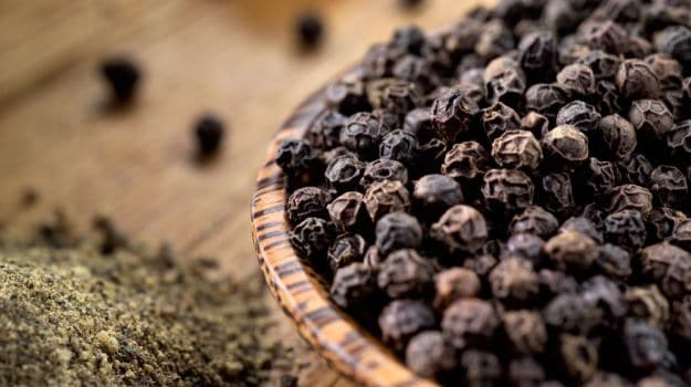 10 Health Benefits Of Black Pepper And Recipes