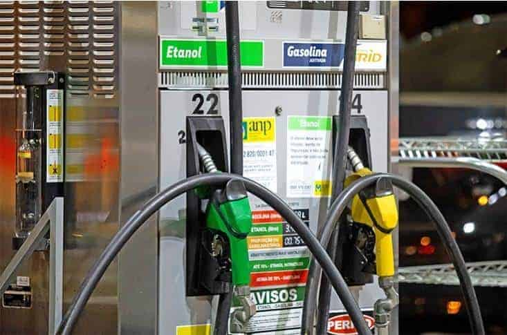 Deadline For 20 Percent Ethanol Blended Petrol Is Now 2023 In India