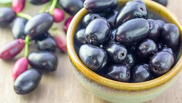 7 Amazing Benefits of Eating Black Plum