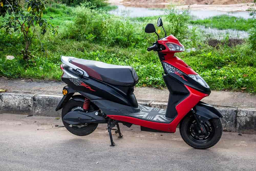 Ampere Zeal and Magnus Pro e-scooters become Rs. 9,000 cheaper