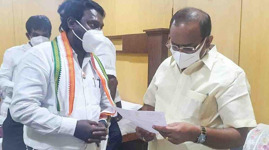 Vijayavasanth Meet Minister - Updatenews360