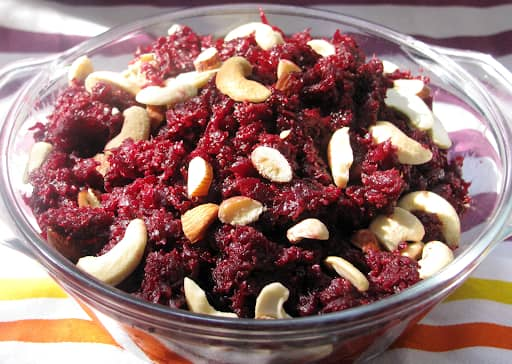 how to cook tasty Beetroot Wheat Halwa