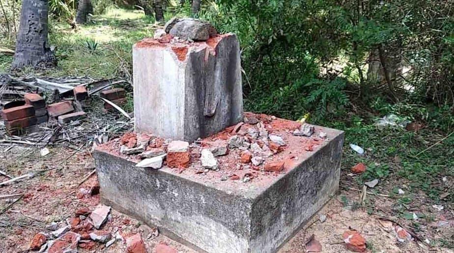 Kumari Statue Break -Updatenews360
