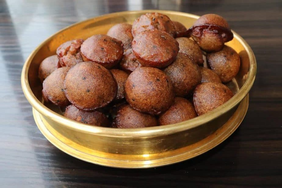 how to make unniyappam at home